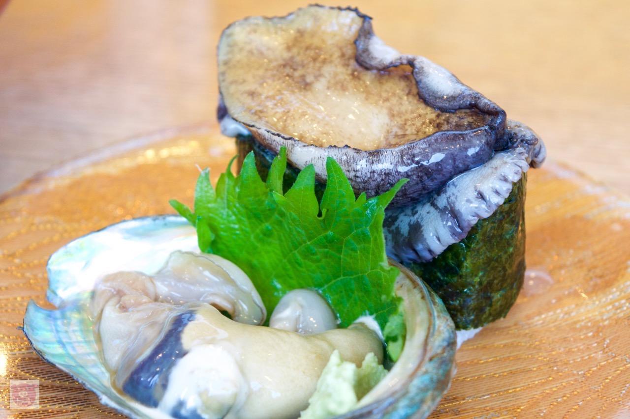 伊勢海老! アワビ! 海ぶどう! 三重の回転寿司「鈴木水産」がコスパ高すぎて笑った