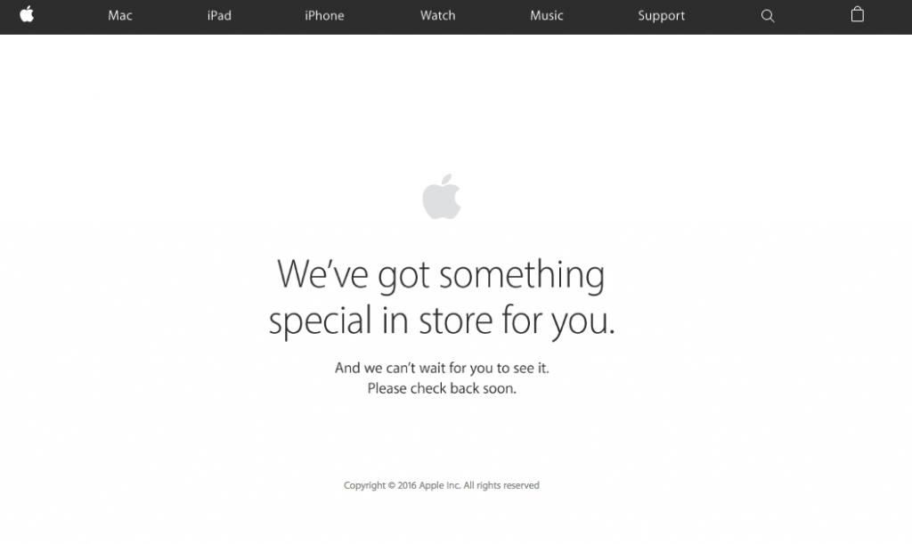 Apple Storeのメンテナンスに入った様子