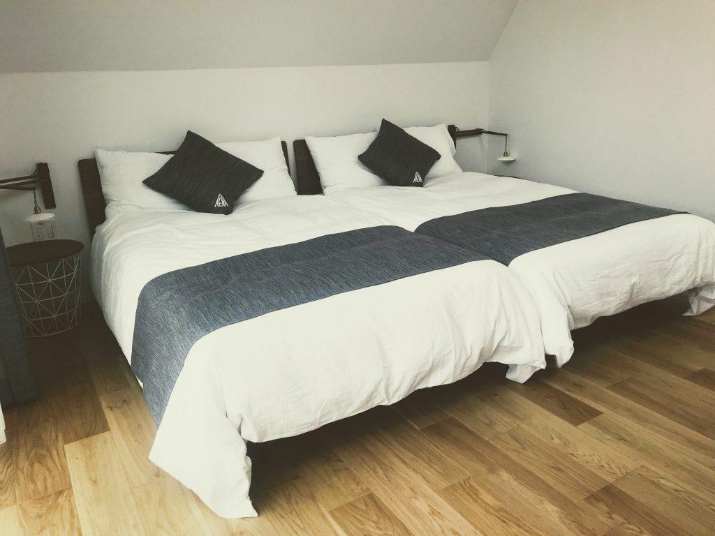 TENT 室内 ベッド