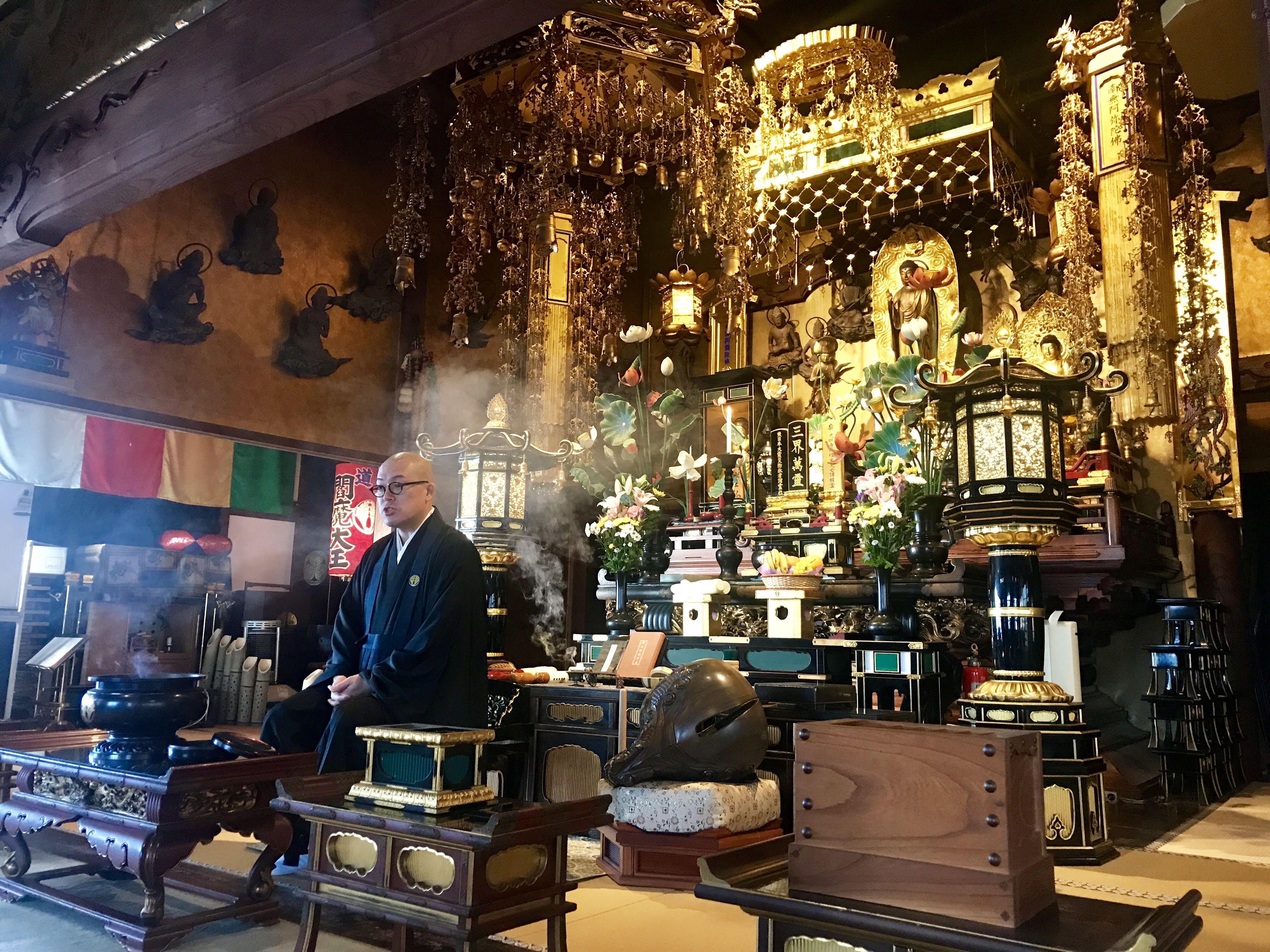 月1回の朝詣りで宇都宮に行ったり、ダイエットチームみんな揃ってカツカレーを食べた1日[はしもとんの日常11月1日]