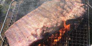 スペアリブ BBQ キャンプ
